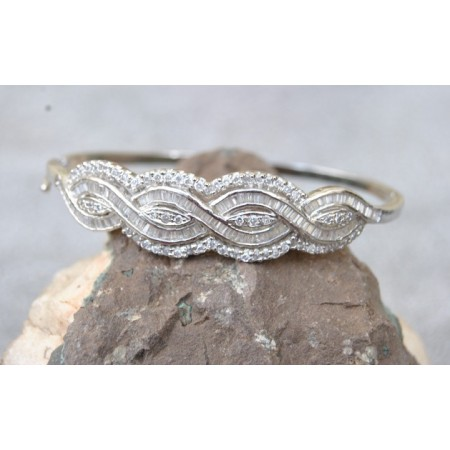 Intricate American Diamond Bracelet