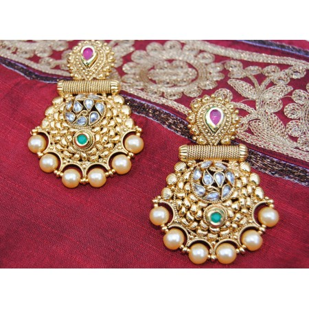 Ornamental Multicolor Polki Diamond Pearl Dangler With Maang Tikka
