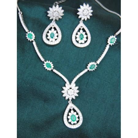 Green Onyx Champagne Diamonds Gold Earrings