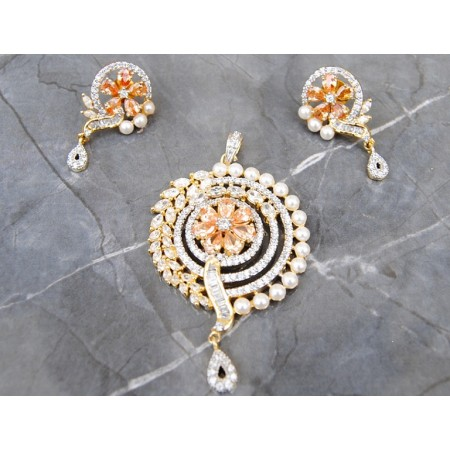 CHAMPAGNE DIAMOND PENDANT SET