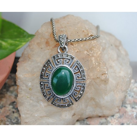 Oval Green Onyx Necklace