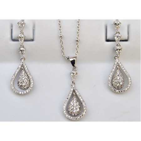 Diamond Drops Pendant Set