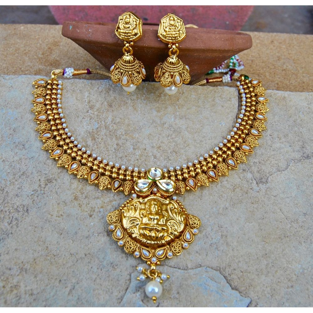 Ethnic indian temple jewellery laxmi temple paan wedding necklace set mozeypictures Choice Image