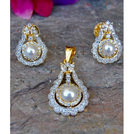 Pearl Drop Diamond Pendant Set