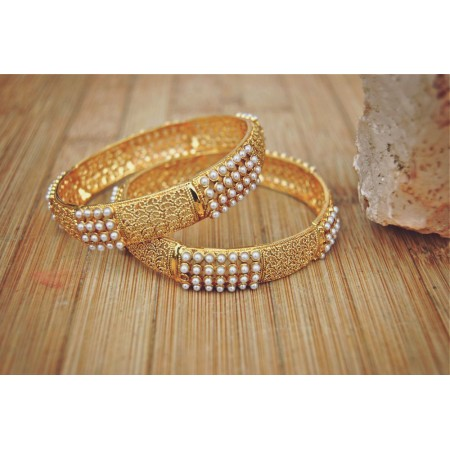 Pearl Band Gold Carved Bangles