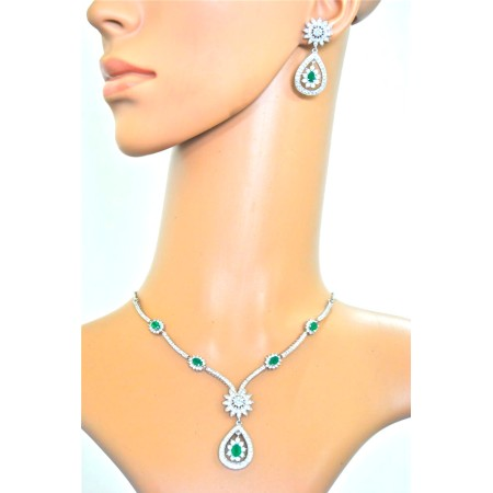 Emerald Diamond Drop Necklace Set