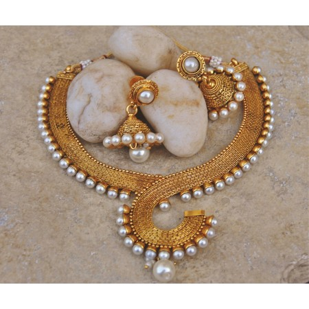Antique Pearl Necklace Set with Jhumkas