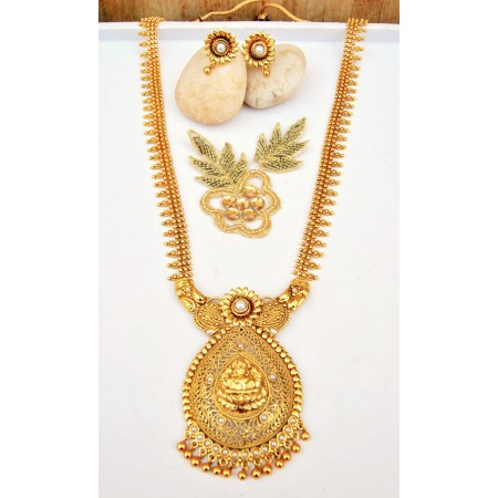 Golden Laxmi Virajit Paan Necklace Set